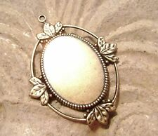 1508 - Bezel Mounting Pendant  Setting Antiqued Brass Oval for 25x18mm Cab