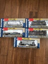 Lot of 5: HO Scale Walthers Gold Line Railroad Cars