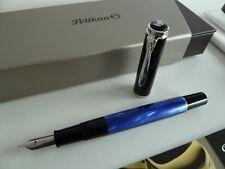 Pelikan M205 - Füllfederhalter - blau/schwarz