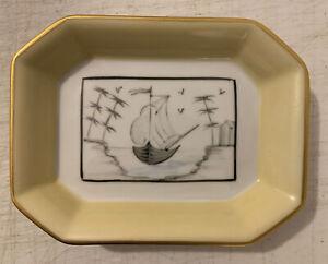 """Palais Royal De Limoges Paris France Porcelain 5 3/4"""" Trinket Tray A100"""