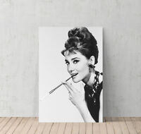 Audrey Hepburn Picture on Mirrored Frame Wall Mirror 100x60cmHome Glitter Art