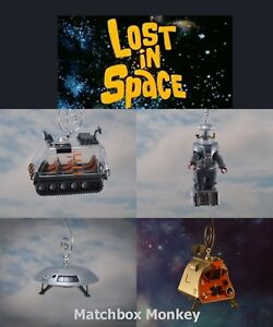 Lost in Space Vintage Sci-Fi TV Show Jupiter B-9 Pod Chariot Christmas Ornament