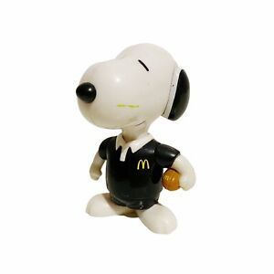 """Snoopy New Zealand Rugby McDonald's Peanuts Vintage 2001 3"""" Toy Figure"""