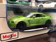 *RARE* Maisto 1:18 Scale Special Edition Diecast Model - 2009 Nissan GTR (Green)