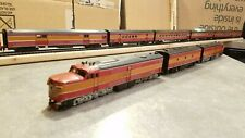 ATHEARN - SOUTHERN PACIFIC 'DAYLIGHT' ABA LOCOS & COACH CARS - 10 PIECE SET - HO