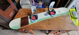 Arbor Cask 148cm Snowboard Burton Uniflex bindings pre-owned