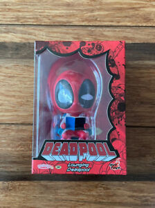 Hot Toys Cosbaby Lounging Deadpool