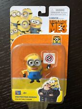 Protesting Minion from Despicable Me Minions Toy