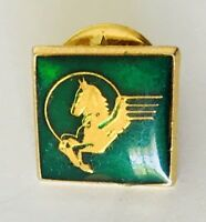Newmans Coach Lines New Zealand Pegasus Logo Pin Badge Brooch Vintage Rare (C2)