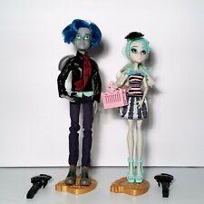 Monster High Love In Scaris Lot Rochelle Goyle & Garrott Du Roque Doll Mattel