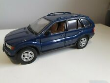 1/24 SCALE BMW X5 UNBRANDED