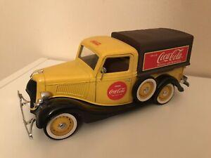 Ford V8 Pick Up Coca Cola  Solido 1:19