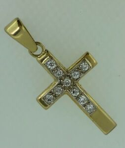 18ct Yellow Gold Diamond Cross Crucifix Pendant TDW.60 Carat.