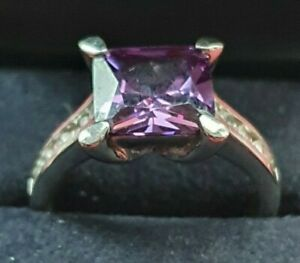 925 Sterling Silver/Amethyst Solitaire Ring Size S 6.8 grams