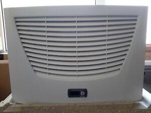 RITTAL SK 3209.100  Luft/Wasser-Wärmetauscher Dachaufbau- # 4057
