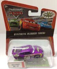 Modellini statici di auto da corsa Mattel sul Cars