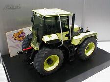 """Schuco 07705 # Deutz Fahr IN-Trac 6.60 Baujahr 1987 """" hellgrün """" 1:32"""