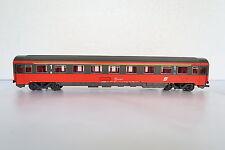 Roco HO/DC Eurofima Abteilwagen 1 Kl -71 022-5 ÖBB + Licht (CQ/77-20S6/3)