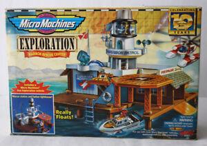 VINTAGE 1996 MICRO MACHINES EXPLORATION HARBOR RESCUE CENTER GALOOB NEW SEALED !