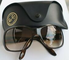 Ray-Ban 4118 Woman's sun glasses, with Case, great Condition