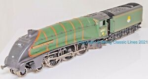 Bachmann 31-955, OO Gauge,A4 Class 4-6-2 loco,60013 'Dominion of New Zealand'