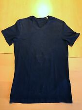 T-Shirt Kinder von Guess schwarz mit dezentem Aufdruck XS X-Small