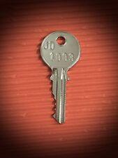 1003 Key -Suits John Deere, Fiat FREE POST!