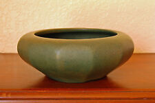 """Beautiful Vintage Early Brush-McCoy Pottery Colonial Mat Green 6"""" Geometric Bowl"""