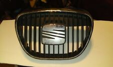 Seat Ibiza chrome/black middle bumper grill chrome badge 02/08 sportsrider,fr
