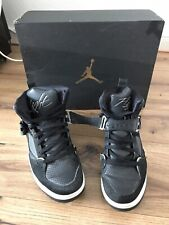 Nike Air Jordan Flight 45 High Noir taille 44 avec carton