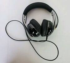HEADPHONES BLACK AND SILVER