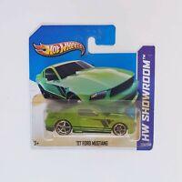 Hot Wheels 2013 - Green 2007 Ford Mustang #229 HW Showroom Short Card 1:64
