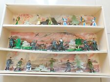 STARLUX  GRANDE ET RARE BOITE DIORAMA A 3 ETAGES,   ARABES,  ALLEMANDS, RUSSES