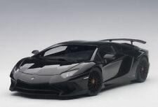 Autoart 74556 - 1/18 Lamborghini Aventador lp750-4 SV (2015) - Gloss Black