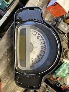 SMART FORTWO W451 0.8 DIESEL 2007 - 2014 SPEEDOMETER CLUSTER UNIT - A4519000500