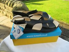 LADIES DB EASY b 6V FITTING EXTRA WIDE & DEPTH BLACK LEATHER SANDALS SIZE UK 8.
