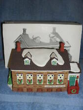 1992 DEPARTMENT 56 NEW ENGLAND SERIES STONEY BROOK TOWN HALL BUILDING
