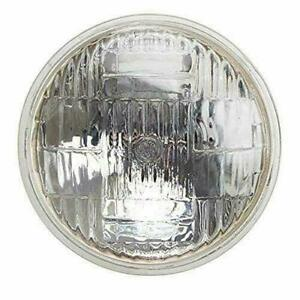 Sealed Beam Headlight 12V with Bulb for Ford/New Holland Tractor