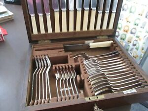 Superb Vintage Walker & Hall Canteen of Cutlery Oak Box Great Quality - 39 piece