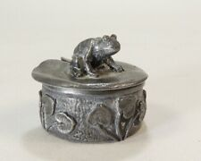 WOODSETTON PEWTER MINATURE BOX WITH FROG