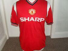 """ Man United 1984-86 Home Shirt """