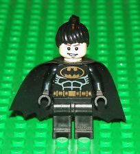 LEGO BATMAN - CUSTOM BATGIRL - MINI FIG (BLACK BAT SUIT)