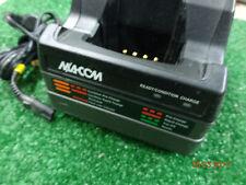 Ma Com Harris Ge Ericsson P7100 P7200 Tri Che Charger Ch 104560 026 B3