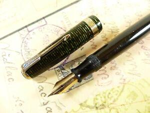 Emerald Pearl Parker Vacumatic Major Fountain Pen - restored