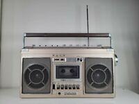 Pioneer Boombox Cassette Recorder AM/FM RADIO Model Sk-21 working well