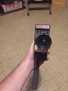 Mansfield Holiday Reflex Zoom 8MM Zoom Lens Handheld Vintage Camera