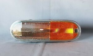 Signal Reflector Light Right or Left for 98-05 Volkswagen Beetle (Non-S)