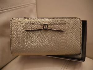 NEW WT BOX WOMEN'S SOFT GOLD ANNE  KLEIN CELL PHONE  WALLET BIFOLD AK GIFTING
