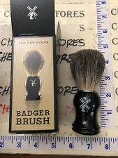 NEW NIB Van Der Hagen Badger Shaving Brush with Black Monogrammed Handle