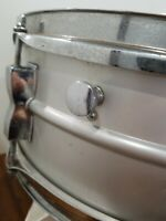 Vintage Ludwig SNARE DRUM Acrolite Hard Shell Case Silver Speedy Shipping